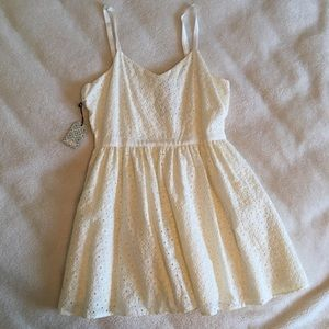 Forever 21 White floral Cut Out Dress